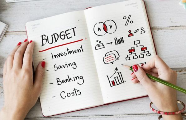 budgeting_shutterstock_479095678